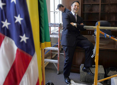 Officer Joe Buscaino visits the office he will use as a councilman. (Michael Robinson Chavez, Los Angeles Times / January 18, 2012)